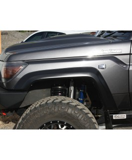 Superior Fiberglass Extended Guard Flares +35mm Suitable For Toyota Landcruiser 76/78/79 Front (Pair)