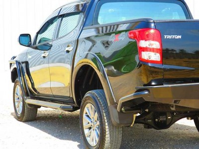 Ironman 4x4 Steel Side Steps Suitable For Ford Ranger PX