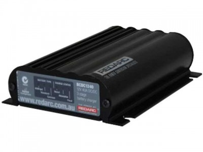 REDARC 40A In Vehicle Battery Charger/MPPT Regulator