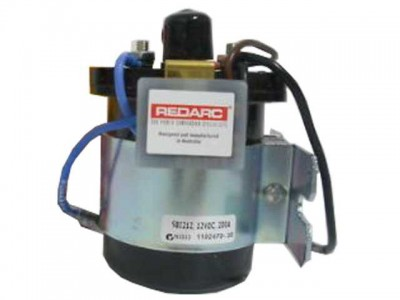 REDARC Dual Sensing Smart Start SBI 12V 200A Dual Battery Isolator