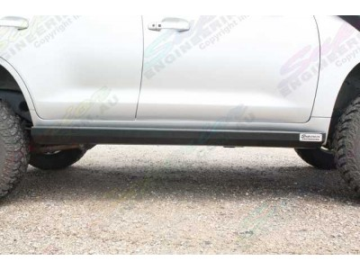 Superior Stealth Rock Slider Toyota Landcruiser 200 Series Non KDSS