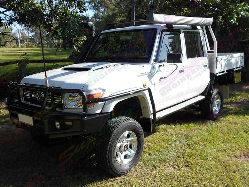 Left side view of the fitted Superior 4 Inch Lift Kit on the Toyota Landcruiser 78/79 Series V8